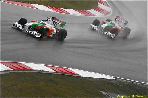 Гонщики Force India на трассе Гран При Китая