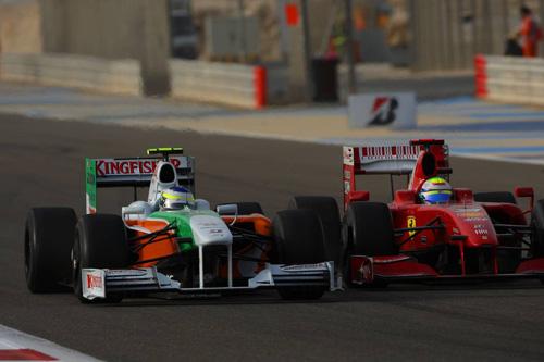 Гран При Бахрейна. Джанкарло Физикелла ведет борьбу с Фелипе Массой
