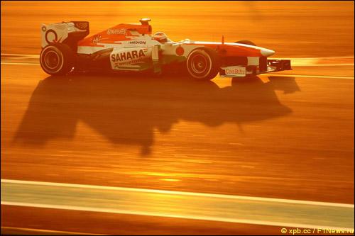 Пол ди Реста в квалификации на Гран При Абу-Даби