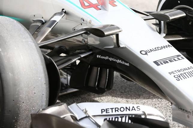 Передняя подвеска машины Mercedes W07