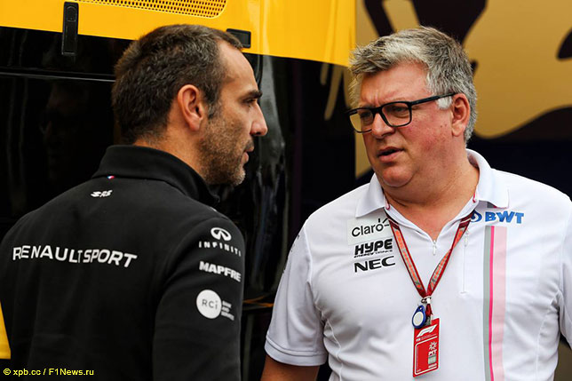 Отмар Сафнауэр (справа) и Сирил Абитебул, руководитель команды Renault
