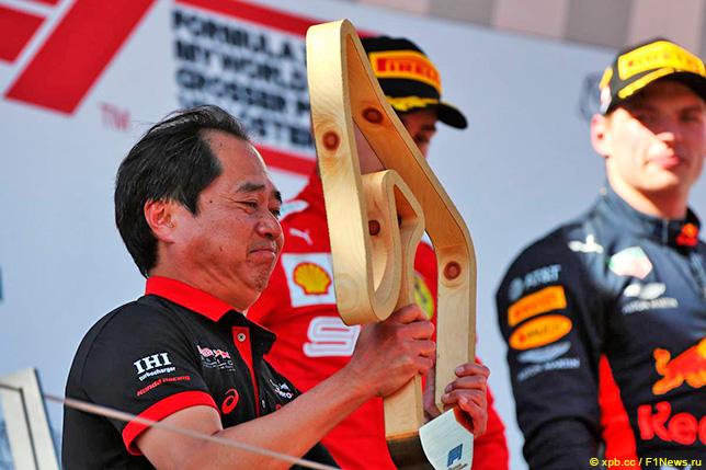 Тойохару Танабе на подиуме Гран При Австрии