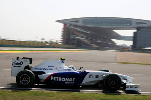 Гран При Китая. Автодром Шанхай. Квалификация. Ник Хайдфельд за рулем BMW Sauber F1.09