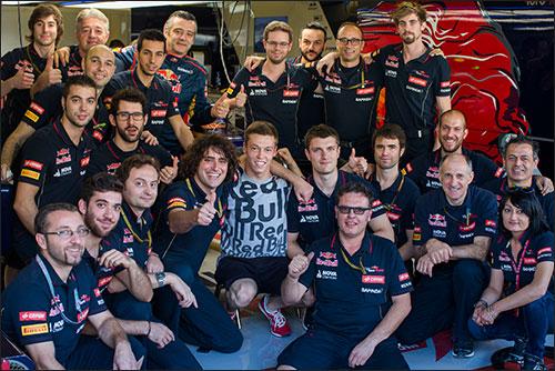 В Toro Rosso прощаются с Даниилом Квятом