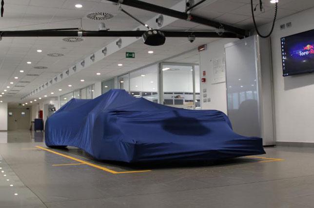 Машина Toro Rosso