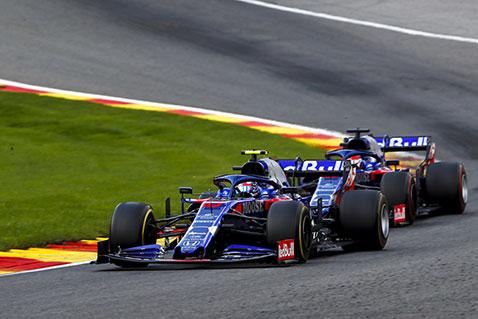Машины Toro Rosso