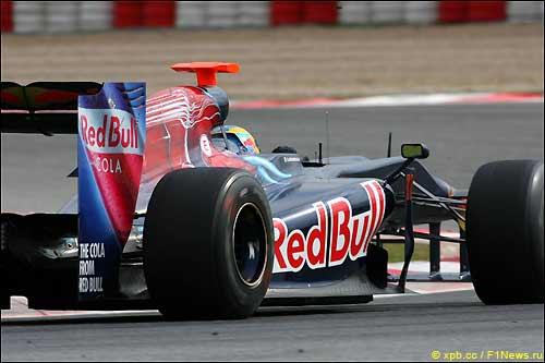 Toro Rosso на тестах в Барселоне