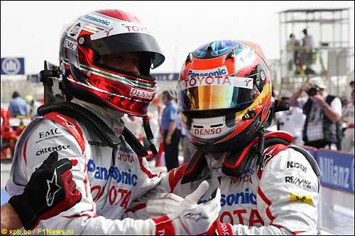 Ярно Трулли и Тимо Глок - первый ряд на старте в Бахрейне