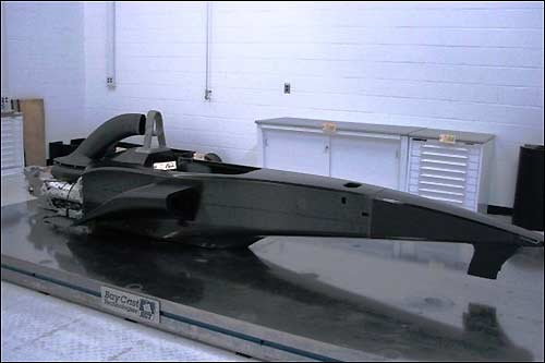 Макет шасси US F1