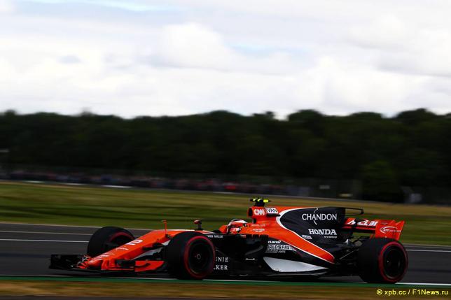 Алонсо оштрафован на30 позиций настарте Гран-при Англии , Боттас— на 5
