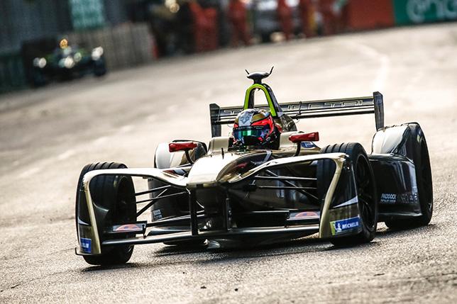 Формула E: Квалификацию в Сантьяго выиграл Вернь