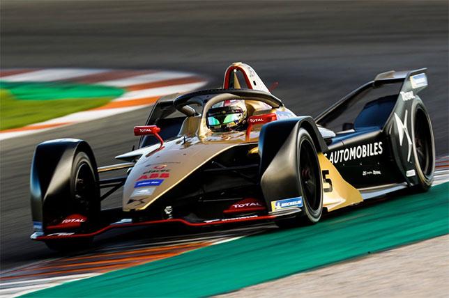 Жан-Эрик Вернь за рулём машины команды Techeetah на недавних тестах в Валенсии