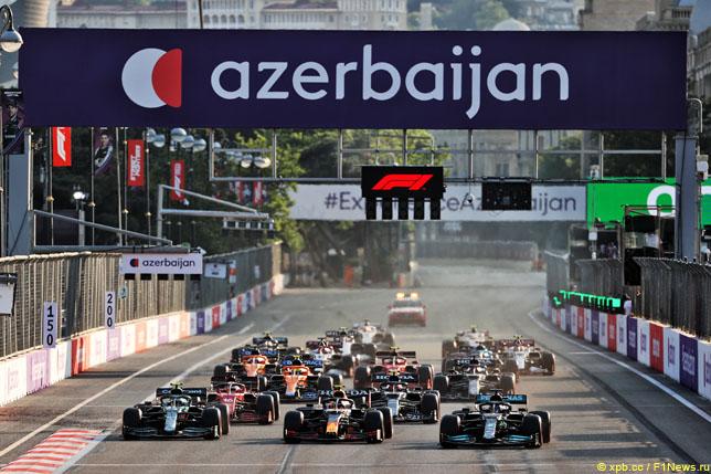 Рестарт гонки в Баку