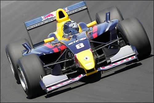 Себастьян Феттель во времена выступлений в Мировой серии Renault