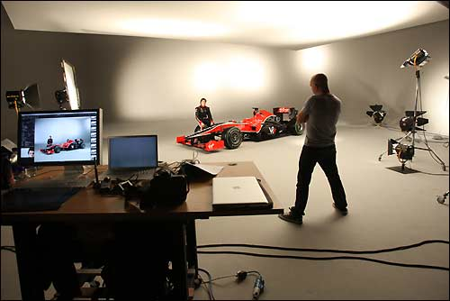 Виртуальная презентация Virgin Racing VR-01