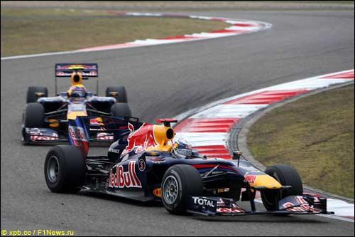 Команда Red Bull Racing на трассе Гран При Китая