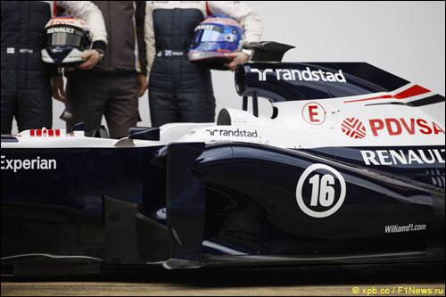 Логотипы Randstad на машине Williams FW35