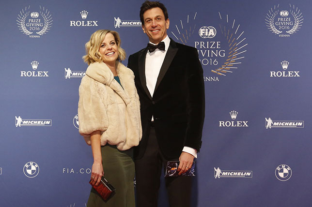 Тото Вольфф с супругой на гала-церемонии FIA