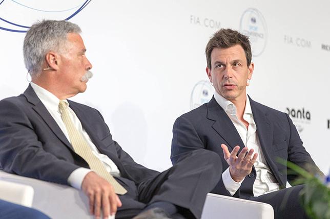 Чейз Кэри и Тото Вольфф на конференции FIA в Женеве