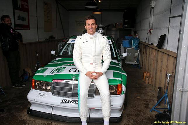 Тото Вольфф у Mercedes 190 Evo 2 DTM