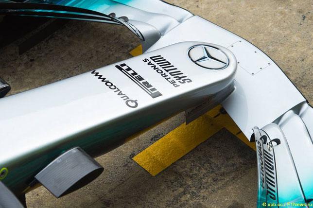 Логотип Qualcomm на носовом обтекателе Mercedes