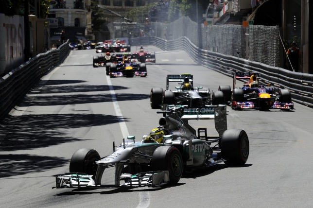 Нико Росберг на пути к победе в Гран При Монако, 2013 год