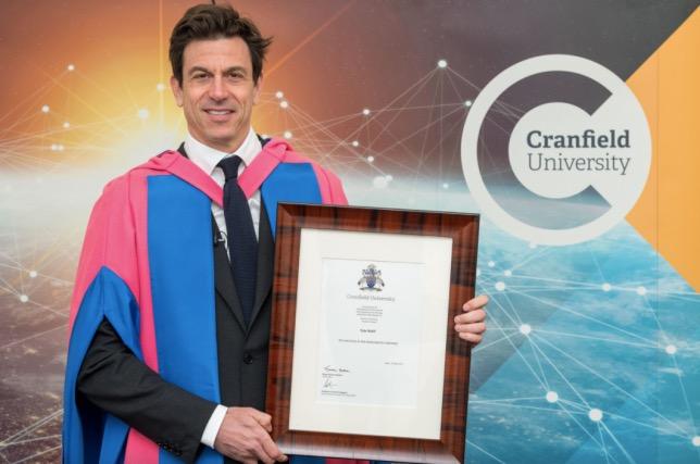 Тото Вольфф на церемонии вручения Почётной степени, фото пресс-службы университета