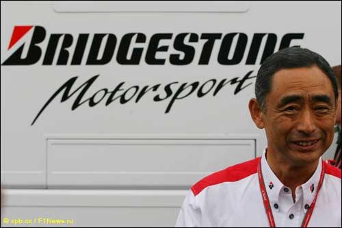 Директор гоночных программ Bridgestone Хироши Ясукава